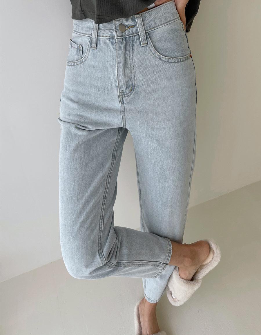 淺藍小直筒牛仔褲*1色