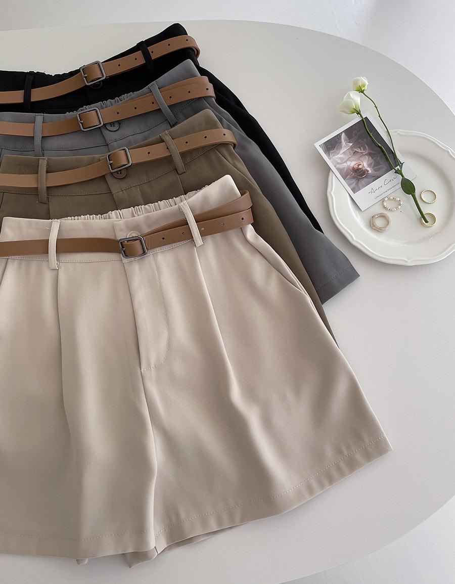 後鬆緊滑料壓褶西裝短褲*4色